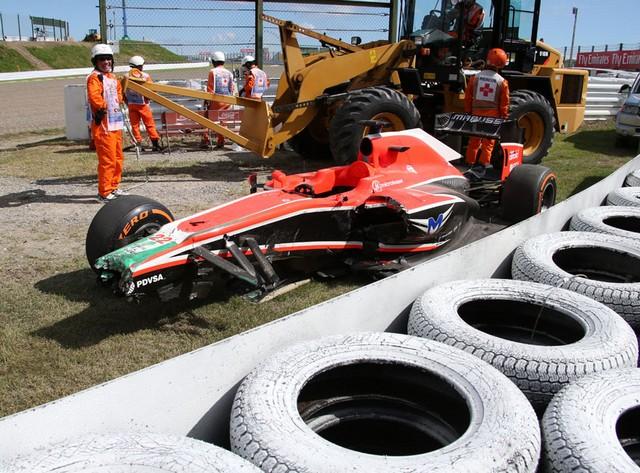 F1 GP du Japon 2013 : (essais libres-1-2-3-Qualifications) 2898982013GPdujaponBianchi1