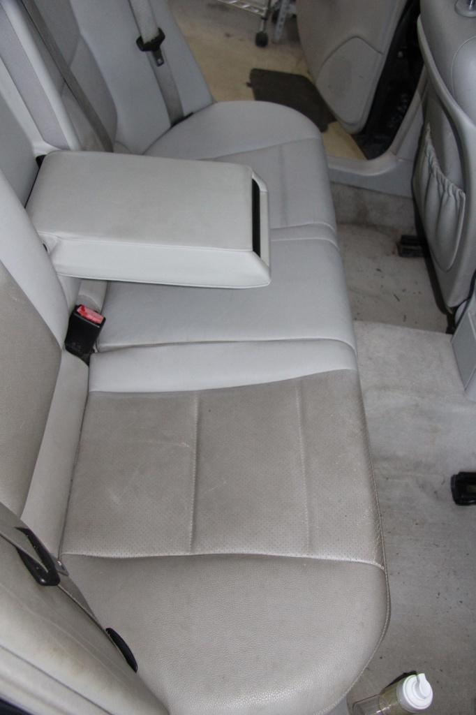 Pulizia Interni in Pelle - Mercedes C220 LETAMAIO 293474IMG1484