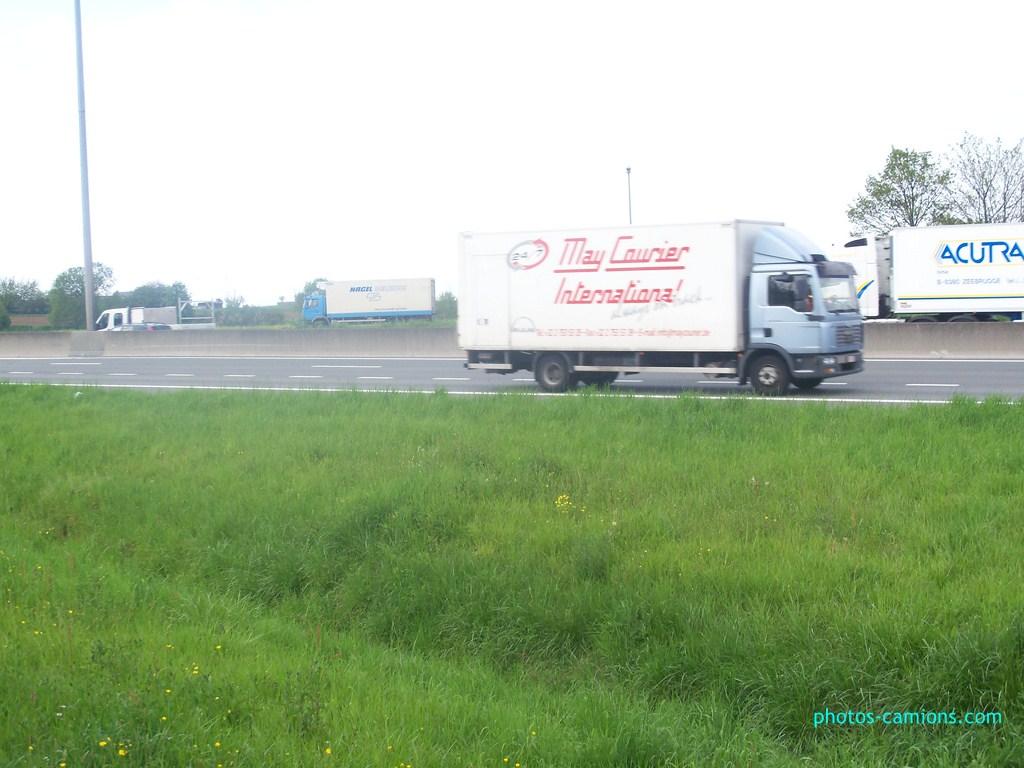 May Courier International (Mechelen) 294499photoscamions7mai2012193Copier