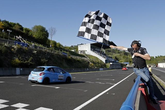 Un Week-end Perché Pour Les Rencontres Peugeot Sport ! 296222554f9df18a5ea1200x800