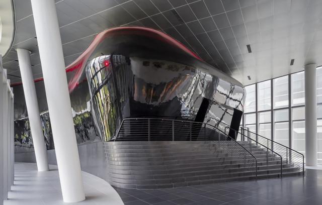 [Lucasfilm] Inauguration du Sandcrawler building à Singapour (2013)  296886scb6