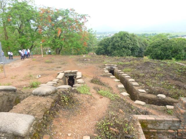 Tourisme historique à Dien Bien Phu 299636P1030718