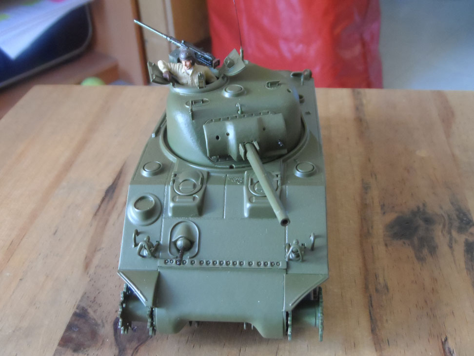 M4 Sherman late production Tamiya 1/35 - Page 3 301912SAM0395