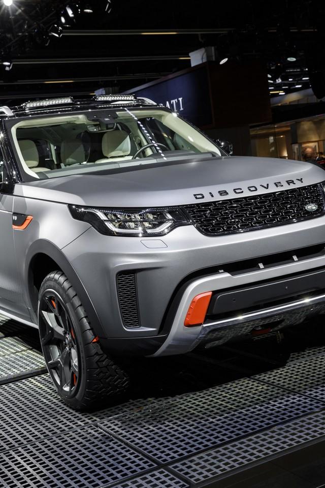 Nouveau Discovery SVX : Land Rover dévoile son champion tout-terrain au Salon de Francfort 308861jlrfrankfurt2017039