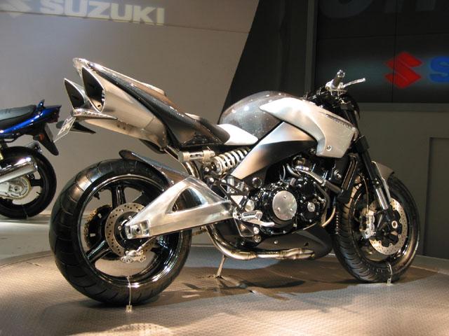 Suzuki GSX et GSXS 1000 ... - Page 4 310449suzukibike02