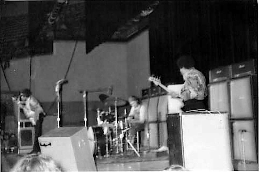 Madison (Dane County Memorial Coliseum) : 2 mai 1970   31068019700502madison1
