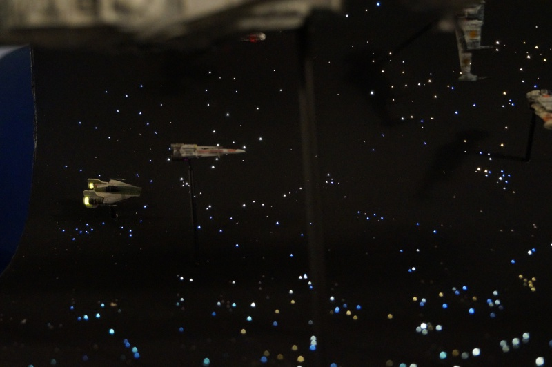 STAR WARS : Diorama Flotte rebelle - Page 4 311512DSC00802