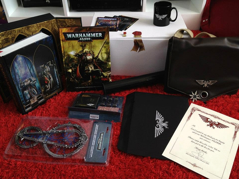 Le Livre de Règles de Warhammer 40,000 - V6 (Topic officiel) - Page 2 313005Collectoredition