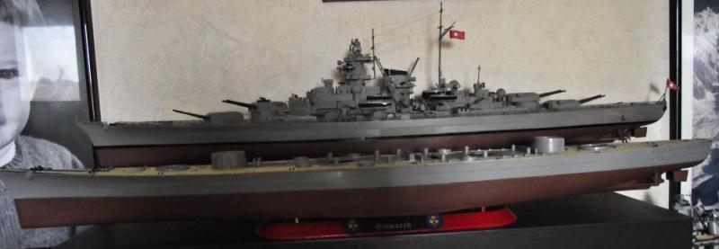 Bismarck Revell au 1/350ème  317790DSCF1018