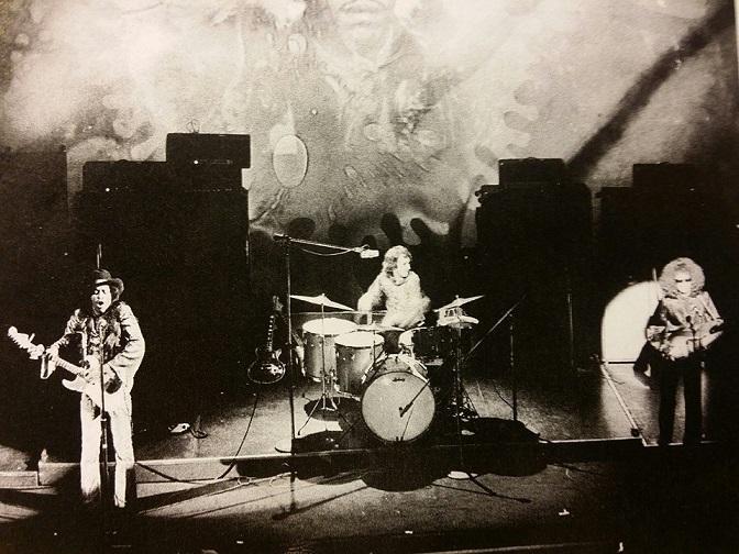 New York (Fillmore East) : 10 mai 1968 [Second concert] 318509196805101n