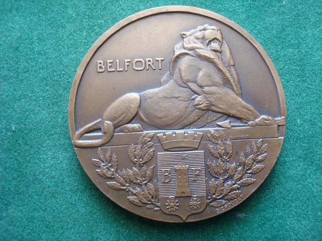 LES INSIGNES DU BATAILLON DE CHOC 1943/1963. 320016MdailleBelfortPALOMBA003