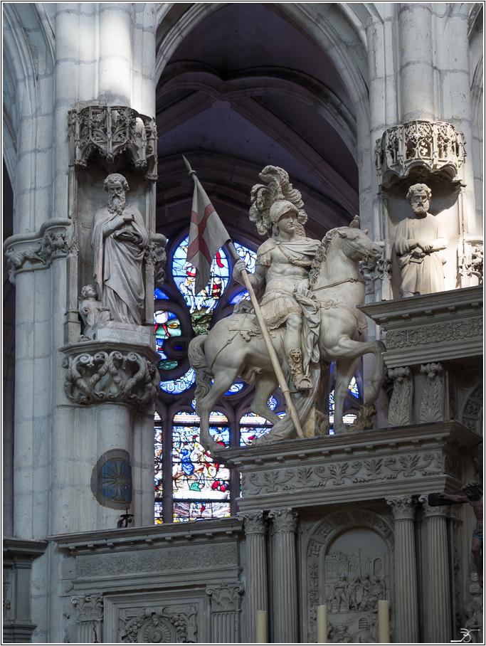 St Florentin: l'église 320767LR6P1240069