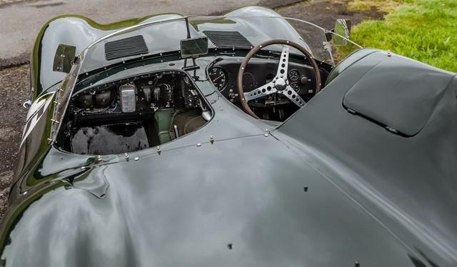 Les Jaguar XF, F-Pace et F-Type célèbrent les 60 ans de la victoire de la Type D aux 12 Heures de Reims Lors De La 22ème Edition De Sport Et Collection 327440IMG4619LowRes