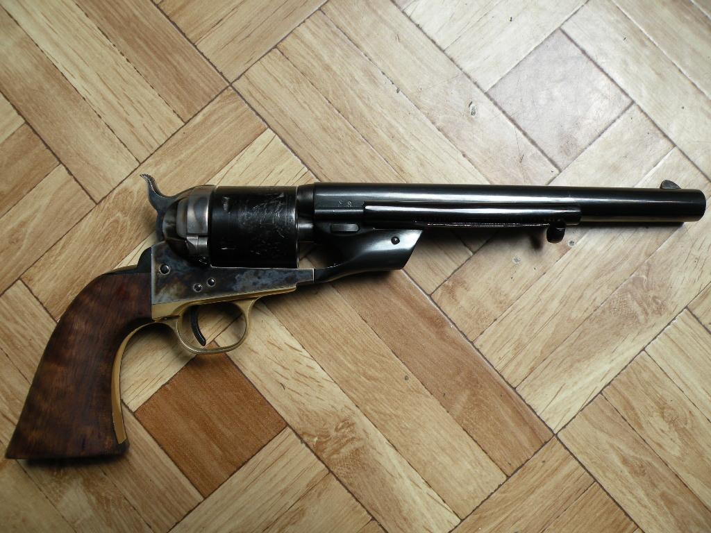 Colt Army 60 conversion Richards 1871 en 38 sp. Uberti 327850Photo007