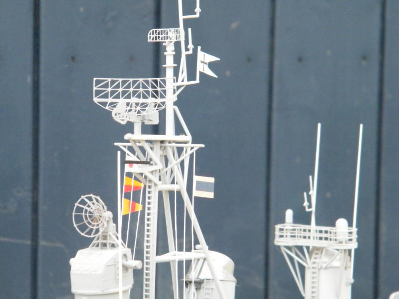 Destroyer Fletcher-Class au 1/144 32974820110723bartjeanjvido0203