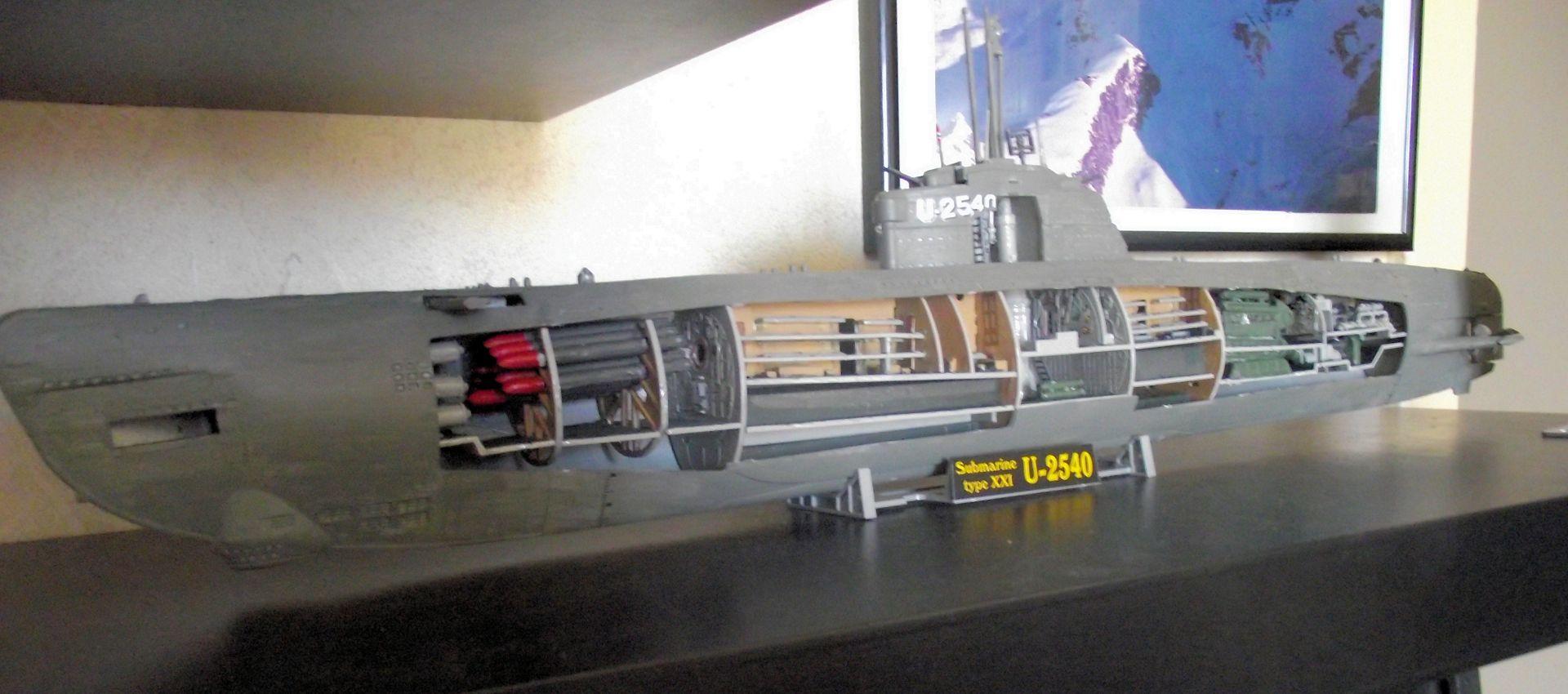 Sous marin Type XXI Revell au 1/125 330197DSCF0814