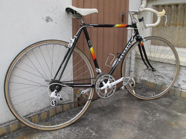 Peugeot Mont Blanc qui est noir !  331526762