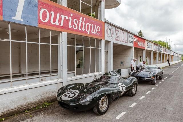 Les Jaguar XF, F-Pace et F-Type célèbrent les 60 ans de la victoire de la Type D aux 12 Heures de Reims Lors De La 22ème Edition De Sport Et Collection 335802IMG4707LowRes