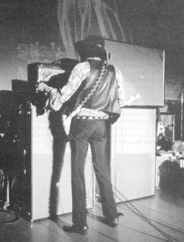 San Francisco (Winterland) : 4 février 1968 [Premier concert] 34780019680204Fillmore1stShow21