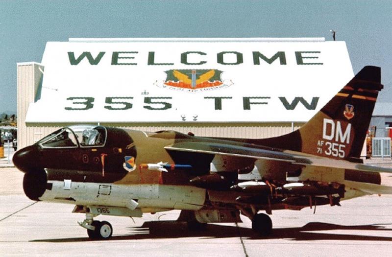 LTV A-7 Corsair II [NOUVELLE VERSION] 347989LTVA7DCorsairII42