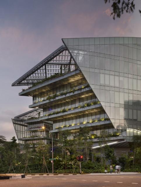 [Lucasfilm] Inauguration du Sandcrawler building à Singapour (2013)  348447scb10