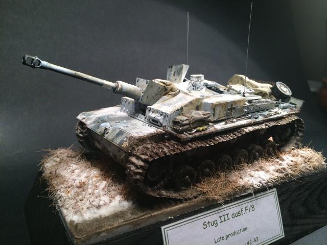 Stug.III Ausf.F/8 late production Dragon 1/35 - Page 2 352551IMG3188