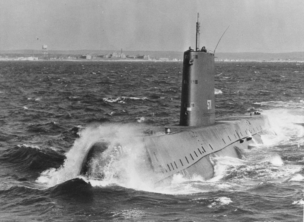 SOUS MARIN NUCLEAIRE D'ATTAQUE USS NAUTILUS 354915USSNautilus