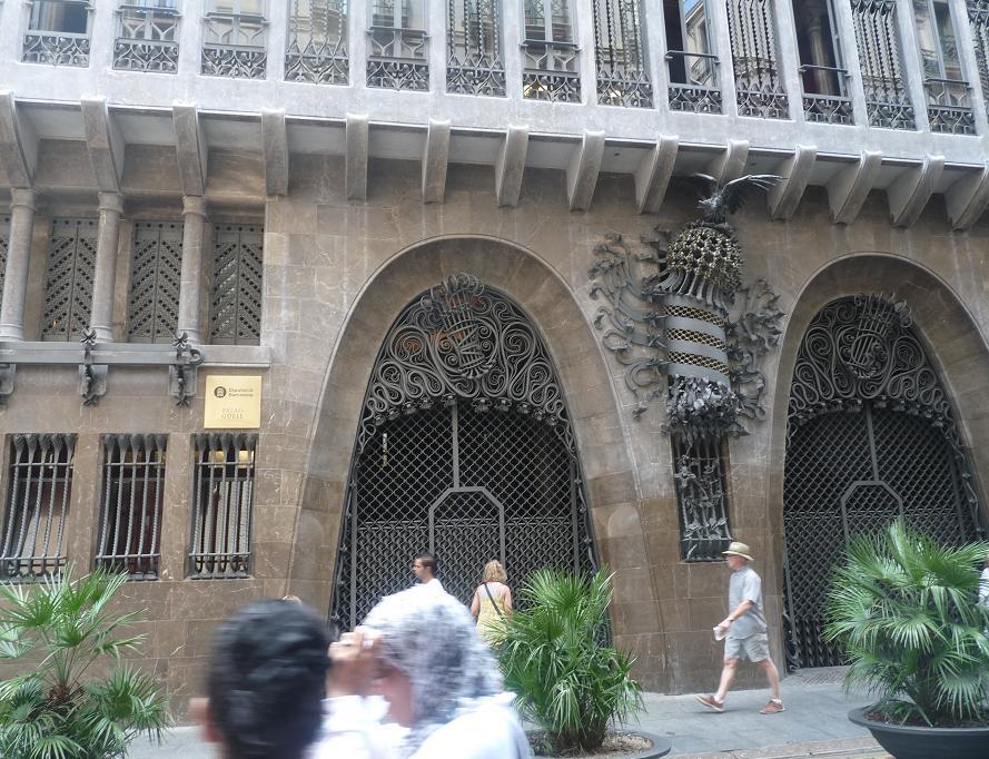 BARCELONA ..BELLISSIMA VAMOS REVENIDAD JUILLET 2011  355449P1190950