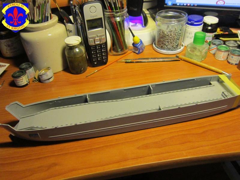 U.S. Navy Landing Ship Médium (Early) au 1/144 de Revell par Pascal 94 356133IMG40241