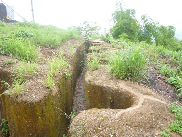 Tourisme historique à Dien Bien Phu 356780tranchesBatrice