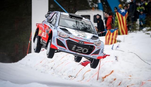 Hyundai Motorsport signe un spectaculaire podium en Suède avec Thierry Neuville 359097132651Neuville02SWE15an600