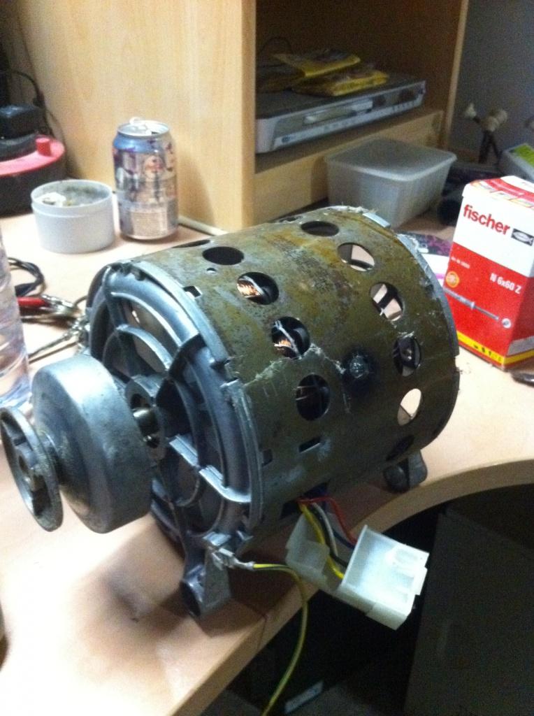 Branchement d'un moteur de machine à laver ..... encore ;) 364054IMG1722