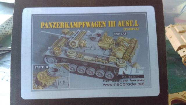 PANZER III L ET N TAMIYA et M3 STUART ACADEMY 364147Pz13