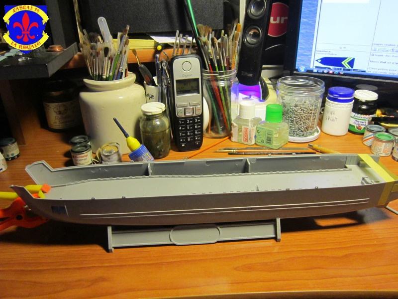 U.S. Navy Landing Ship Médium (Early) au 1/144 de Revell par Pascal 94 366038IMG40301