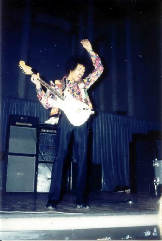 Stockholm (Konserthuset) : 8 janvier 1968 [Premier concert] 36641319680108Stockholm1stShow890