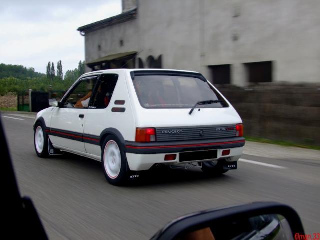 [manu47] 205 GTI 1.6L blanc meige 1987 367334dscf0911