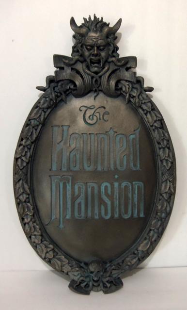 Phantom Manor - Merchandising [Frontierland] - Page 4 368131T2eC16RsE9swmZpKBRPWPoUzw603