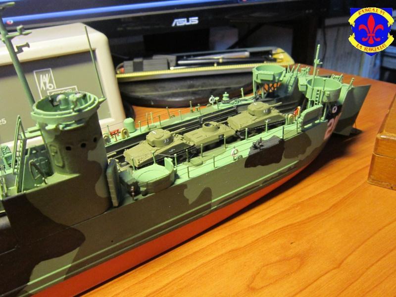 U.S. Navy Landing Ship Médium (Early) au 1/144 de Revell par Pascal 94 - Page 14 370230IMG43911