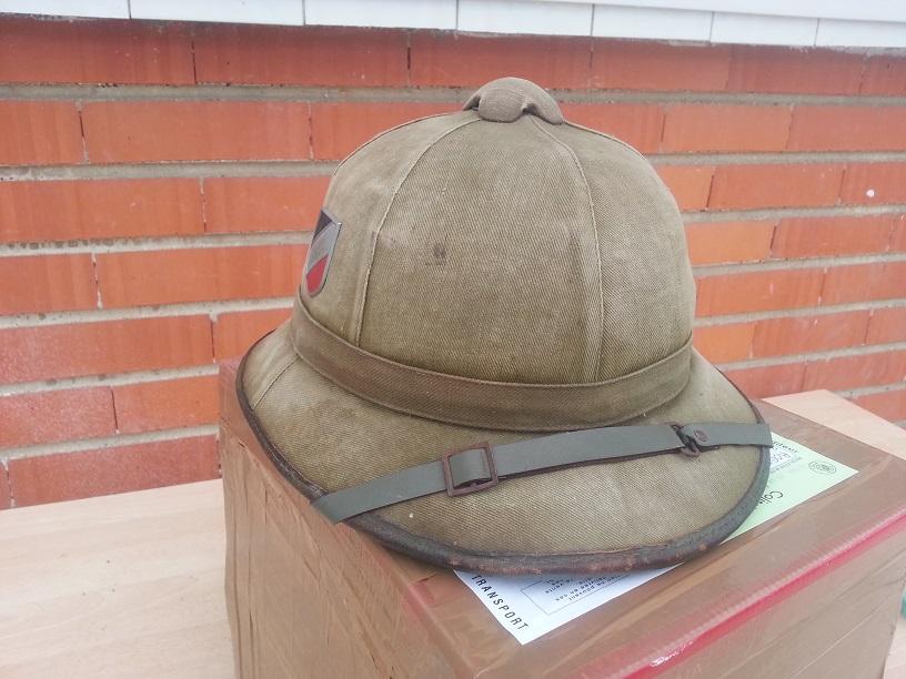 Montrez vos casques tropicaux - Page 3 37525020131121093434