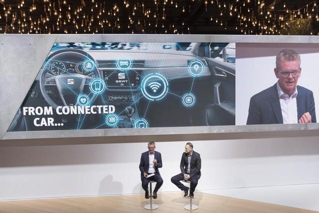 SEAT, première marque automobile en Europe à intégrer Amazon Alexa dans ses véhicules 378557SetRatioSize900650SEATAlexaPressTalk6