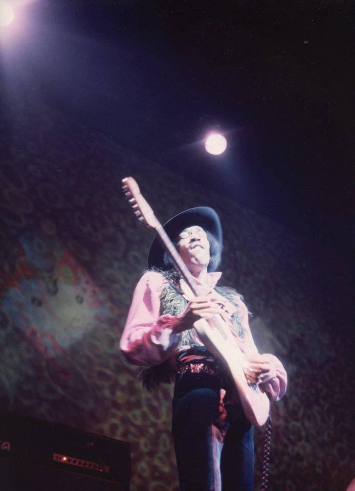 New-York (Fillmore East) : 10 mai 1968 [Premier concert] 383485935n