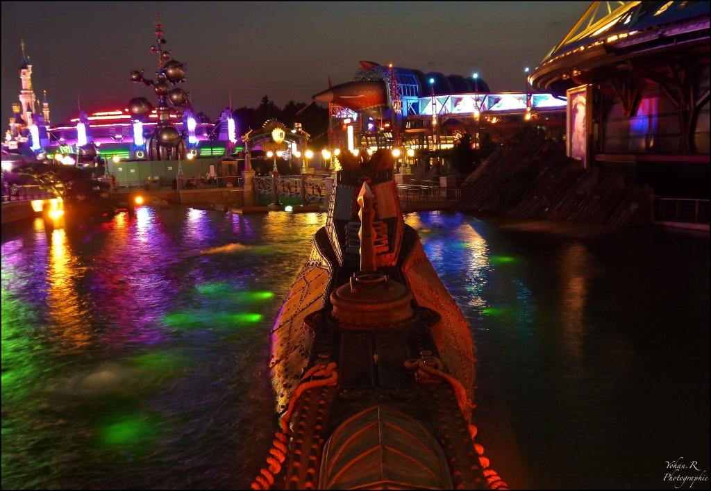 Vos photos nocturnes de Disneyland Paris - Page 2 387146Lenautilus156