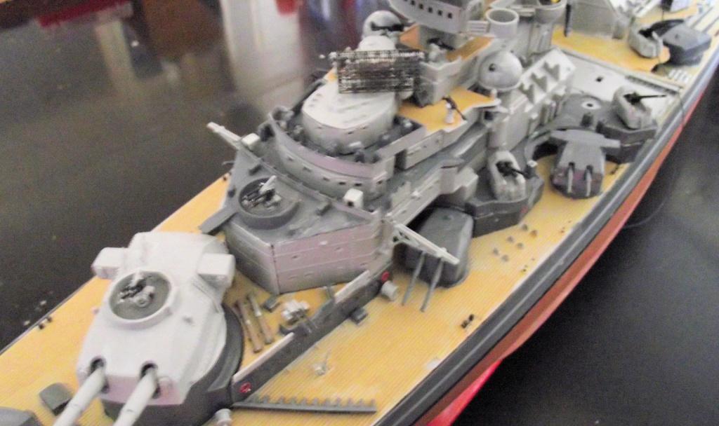 Tirpitz Revell au 1x350 avec PE - Page 2 391519DSCF0341