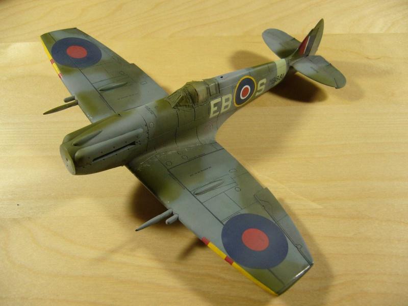 Spitfire XII du 41 RAF Sqn le 7 juin 1944, Airfix (projet AA) - Page 6 393135patine1