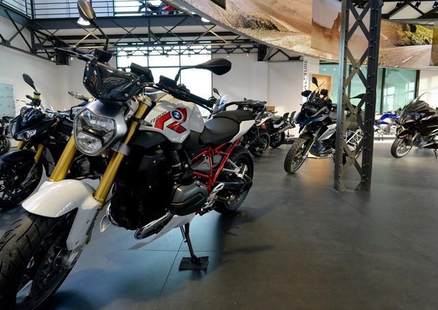 MOTO LOFT: Une nouvelle concession BMW Motorrad en Ile de France 394000P90208084highResmotoloftanewbmw