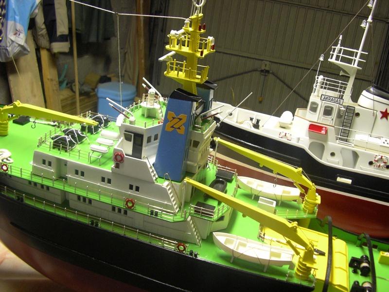 Remorqueur Smit Rotterdam (Billing Boats 1/75°) de Henri - Page 4 394776IMGP0641