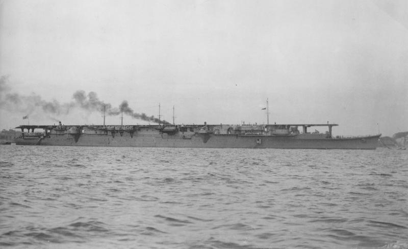 SOUS MARIN NUCLEAIRE D'ATTAQUE USS NAUTILUS 396010Shoho