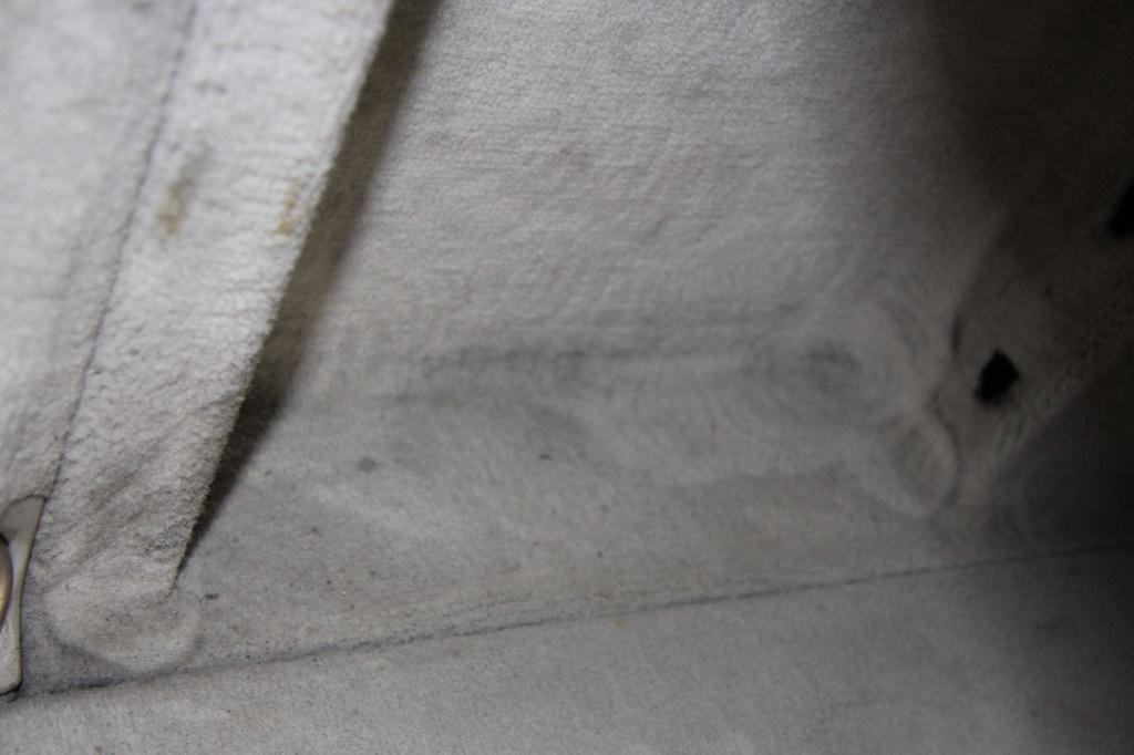 Pulizia Interni in Pelle - Mercedes C220 LETAMAIO 396387IMG1491