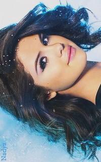 Selena Gomez - 200x320 400196vavaethna12