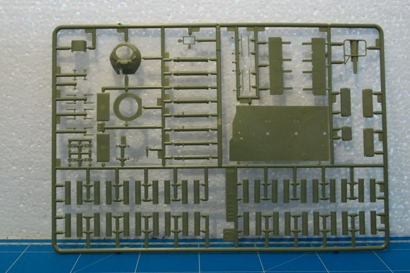AMX 13 VCI 1/35ème Réf 81140 401898VCI022